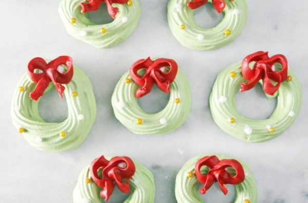 Meringue Wreath Cookies